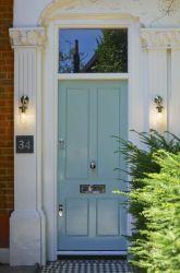 Tressino S insitu (blue door)_websafe